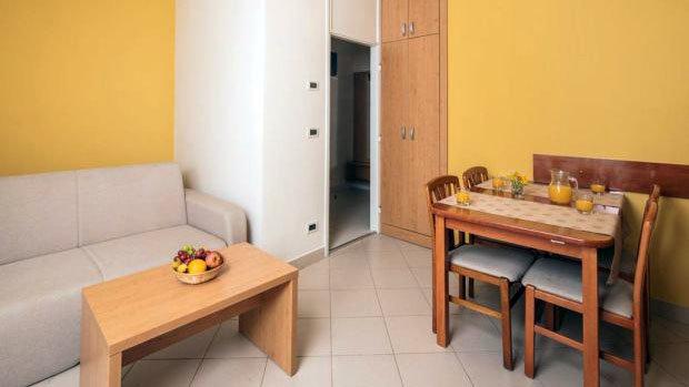 Apartmaji SOL KATORO