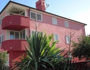 Apartmaji DANEX SUNNY PUNTA
