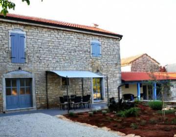 Ruralna Hiša AVA